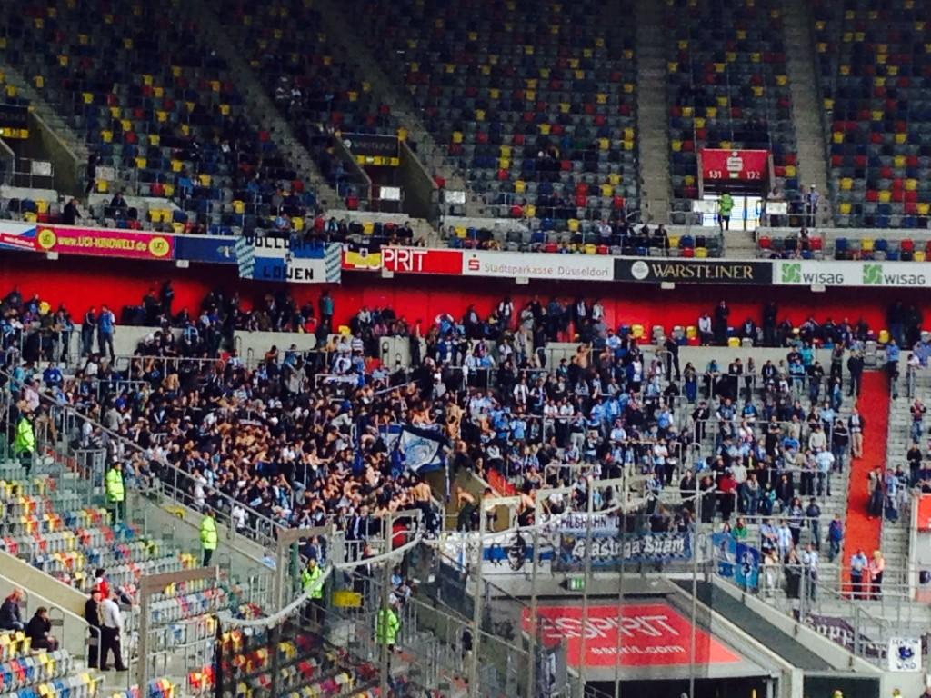1860 München-Block beim Fortuna Düsseldorf-Spiel