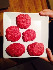 Geformte Burger-Rollinge aus Rinderhack